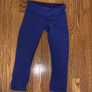 REVERSIBLE LULULEMON LEGGINGS
